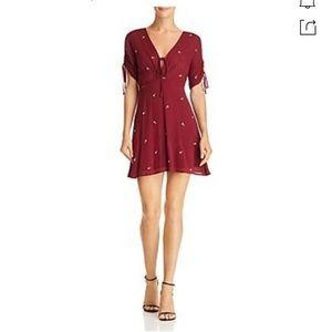 BLOOMINGDALE'S En Crème Embroidered Dress!